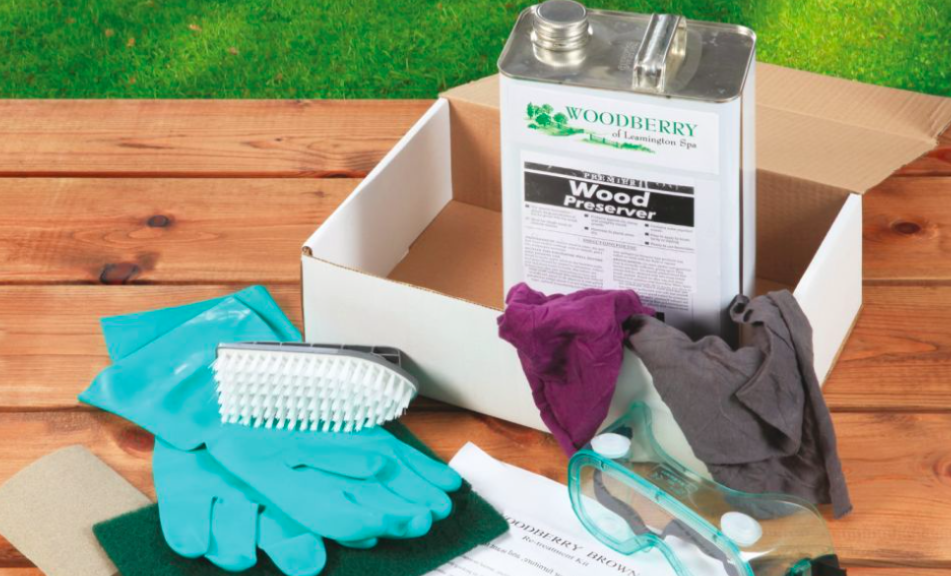 Wood treatment kit with wood preserver can, protection equipment and brushes