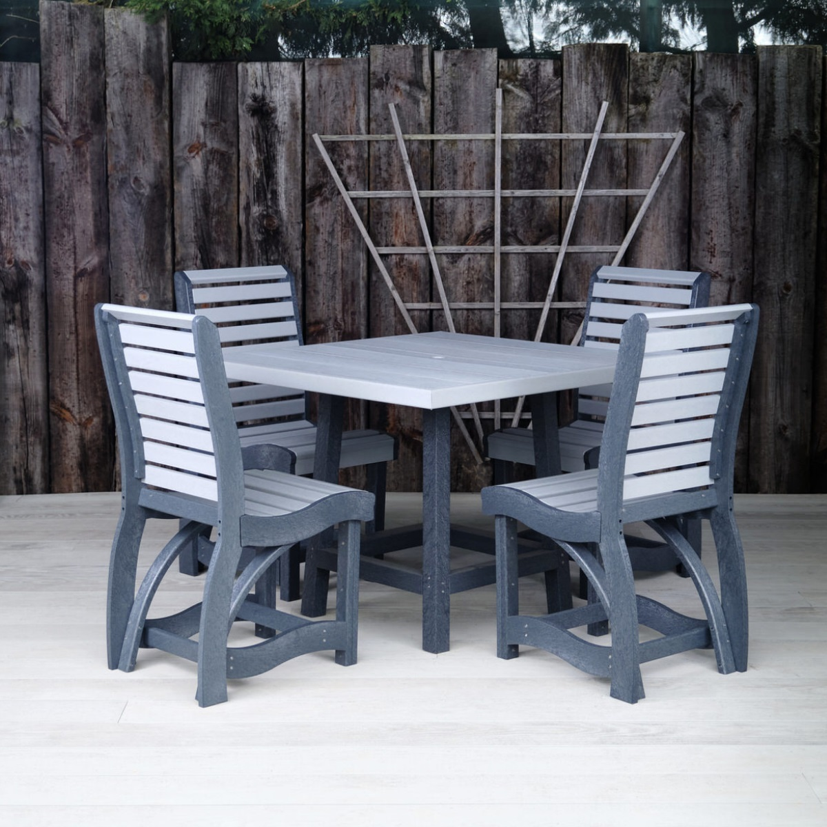 Recycled Plastic Outdoor Square Dining Table and Chairs